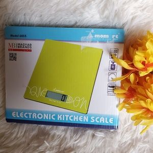 MOMERT ELECTRONIC KITCHEN SCALE GREEN